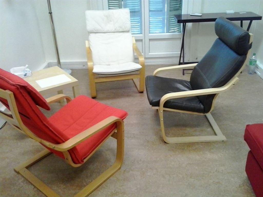 partage de cabinet sur marseille pour professionnels de sant param dical petites annonces. Black Bedroom Furniture Sets. Home Design Ideas