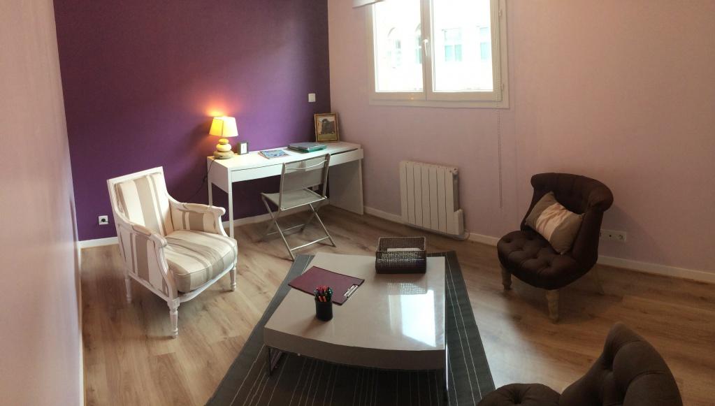 Bureaux Partagés Paris 75012 : Cherche thérapeute en soins corporels pour partage bureaux dans