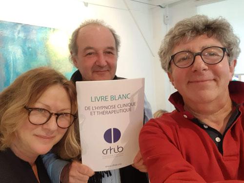 Dr Isabelle NICKLES, Dr Marc GALY, Laurent GROSS lors de la sortie du Livre Blanc de l'Hypnose
