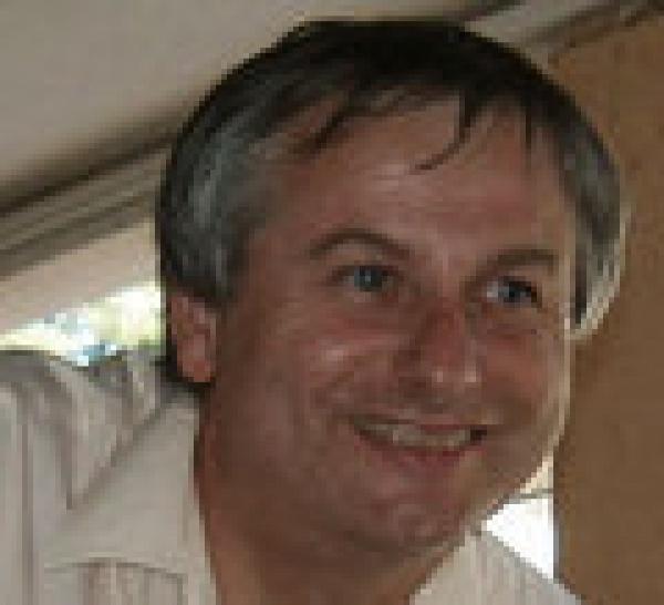 Dr Eric Bardot. Dialogues hypnothérapiques. Hypnose et HTSMA. Forum Hypnose Thérapies Brèves Biarritz 2011