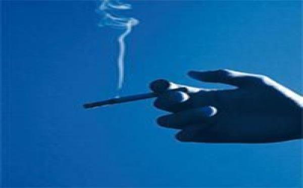 Traitement par l'hypnose du sevrage tabagique: et si l'hypnose faisait des miracles ?