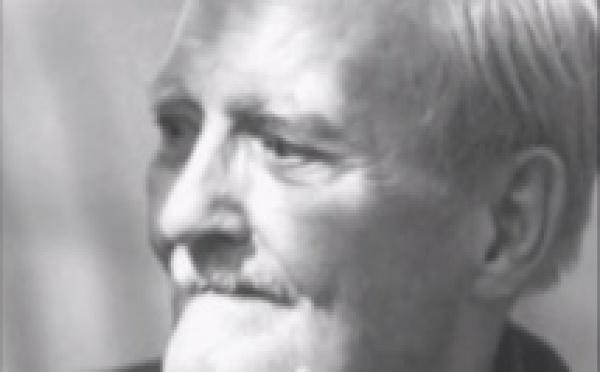 Milton Erickson, le Magicien du Désert. Vidéo de Formation en Hypnose